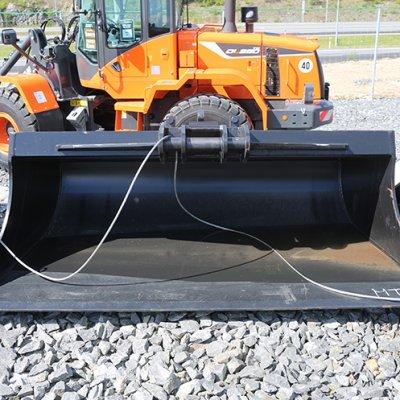 Karvian Metalli ja Kone Oy Tasauskauha NTP10 2500mm