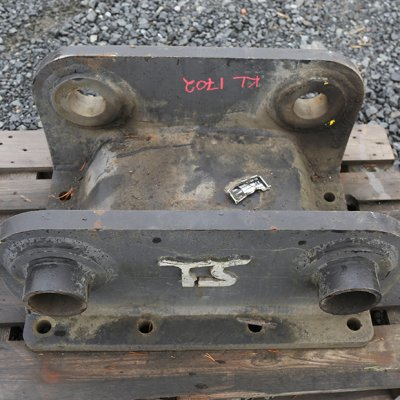Terästyö T. Salminen Oy Iskuvasaran GB14 kiinnikelevy tappi (KL1702) käytetty
